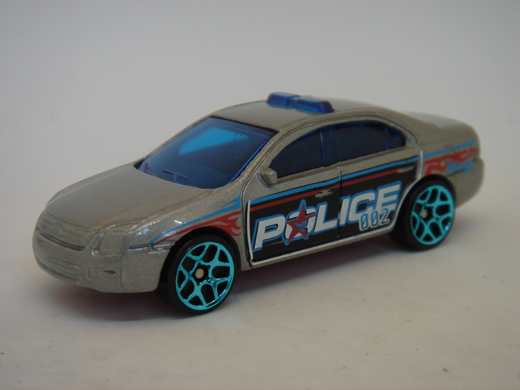 Hot Wheels Ford Fusion Police Car 1 64 The Latest Ford Fus Flickr