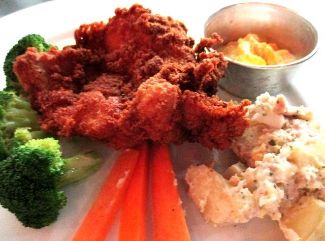 CafeCafe@Giant crispy chicken chop