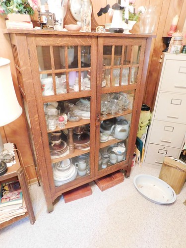 Mission Oak china cabinet | by thornhill3