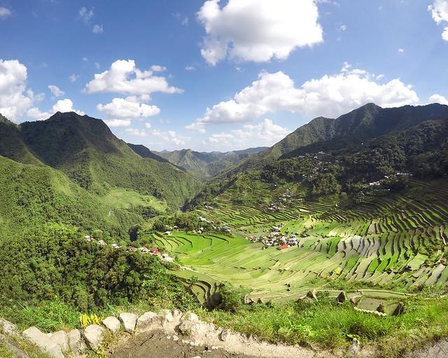 Los maravillosos y verdes arrozales repletos de vegetación de Batad, una de las mejores cosas que ver en Filipinas