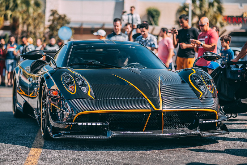 Huayra BC - Carbon/Yellow, unknown interior, US Spec - Forum ...