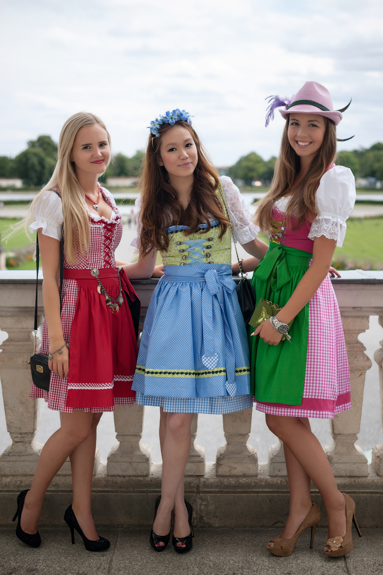 8 rules to get the perfect dirndl look for oktoberfest for Who s perfect munchen