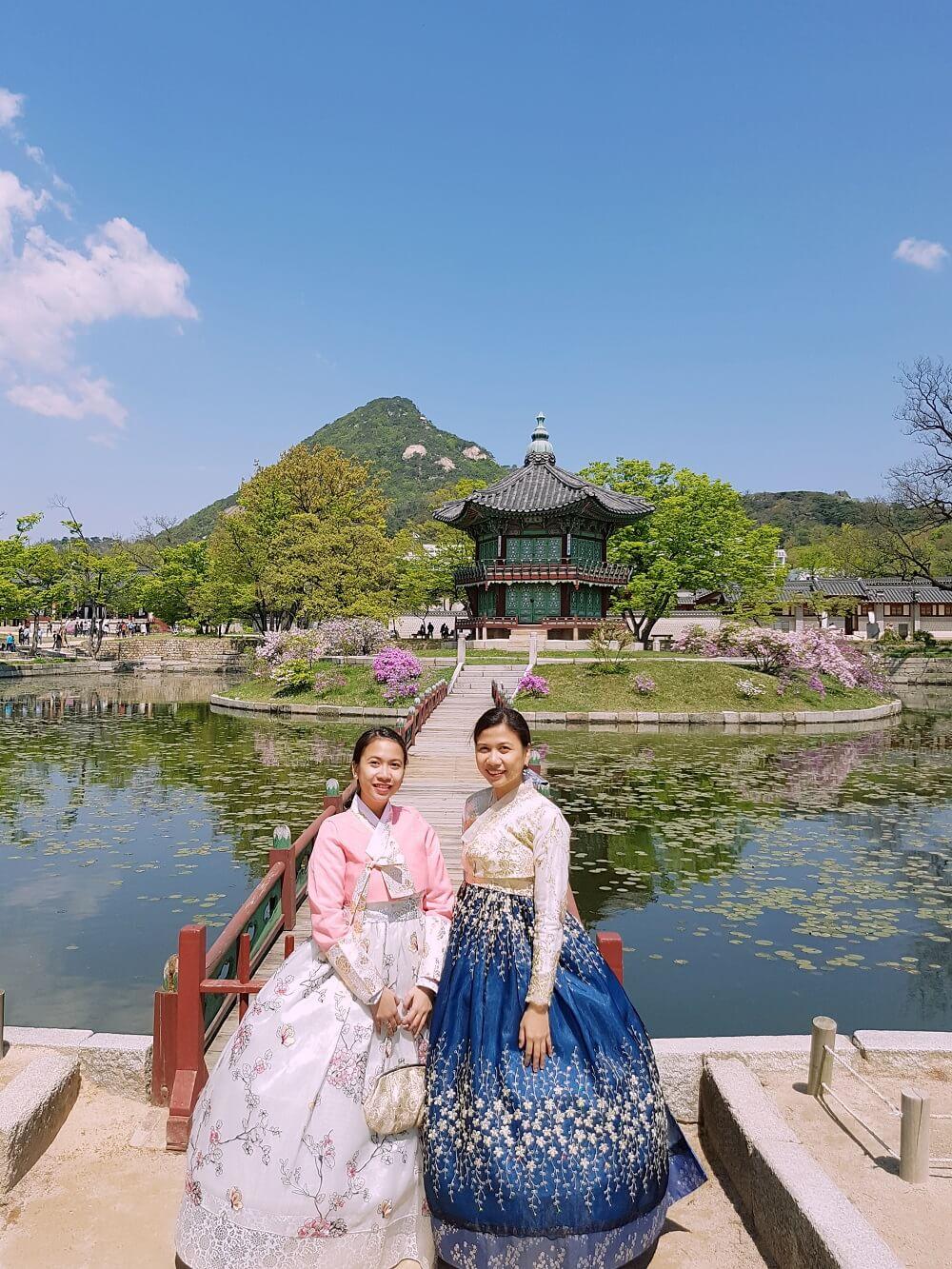 gyeongbokgung hanbok experience
