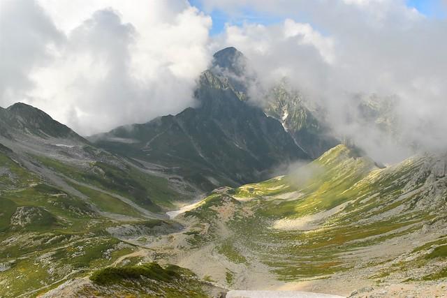 別山から眺める剱岳