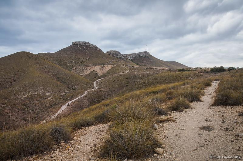 Mesa Roldán desde el camino del Mirador de los Muertos
