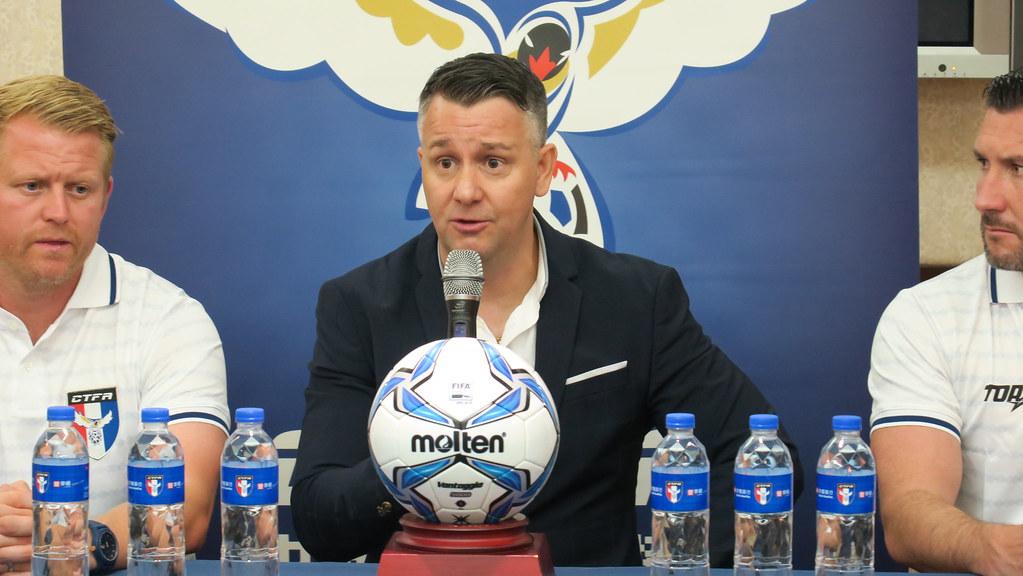Gary J. White接任中华男足总教练。(中华足协提供)