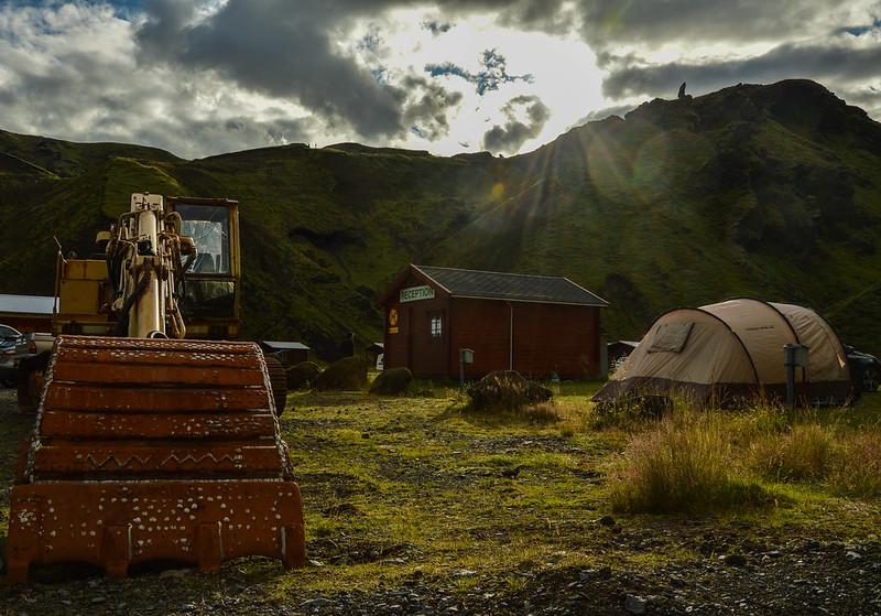 Coucher de soleil sur le camp