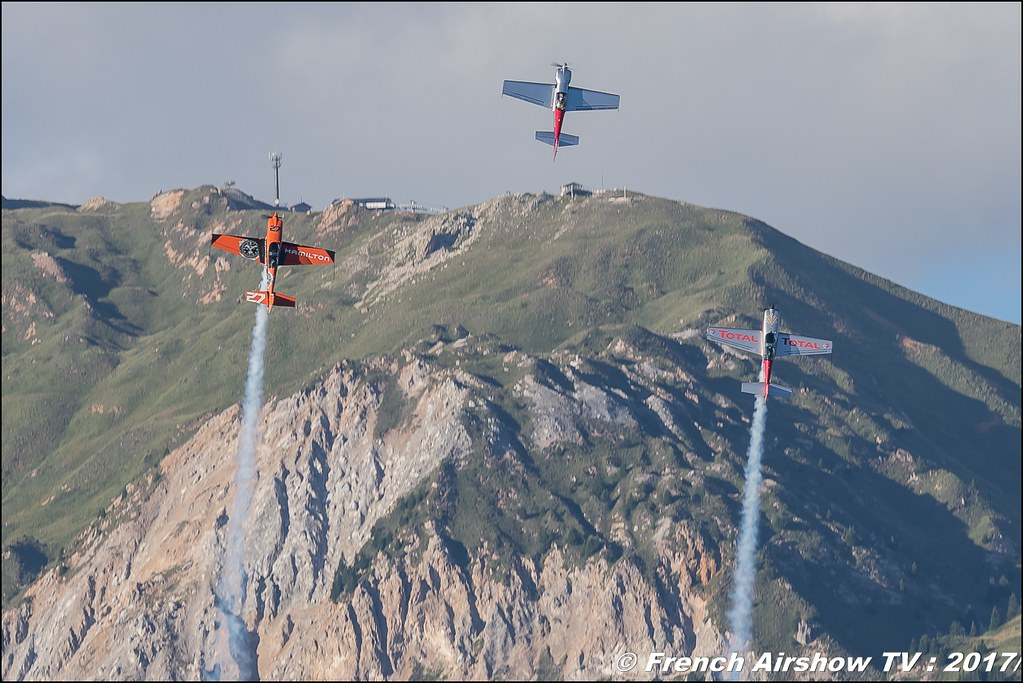 Adrenalin Flights, l'équipe Hérault Languedoc Roussillon, Extra 330L, Cap231 , Coupe du Monde Saut à Ski – Courchevel, worldcupcourchevel 2017, FIS, show aerien , Meeting Aerien 2017