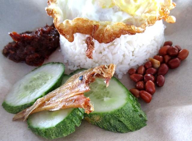 JuneWestern nasi lemak 1