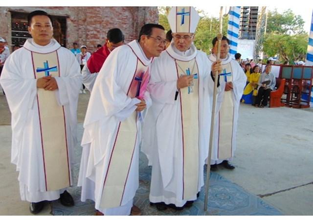 Đức Tgm Leopoldo Girelli, Tân Sứ Thần Tòa Thánh ...