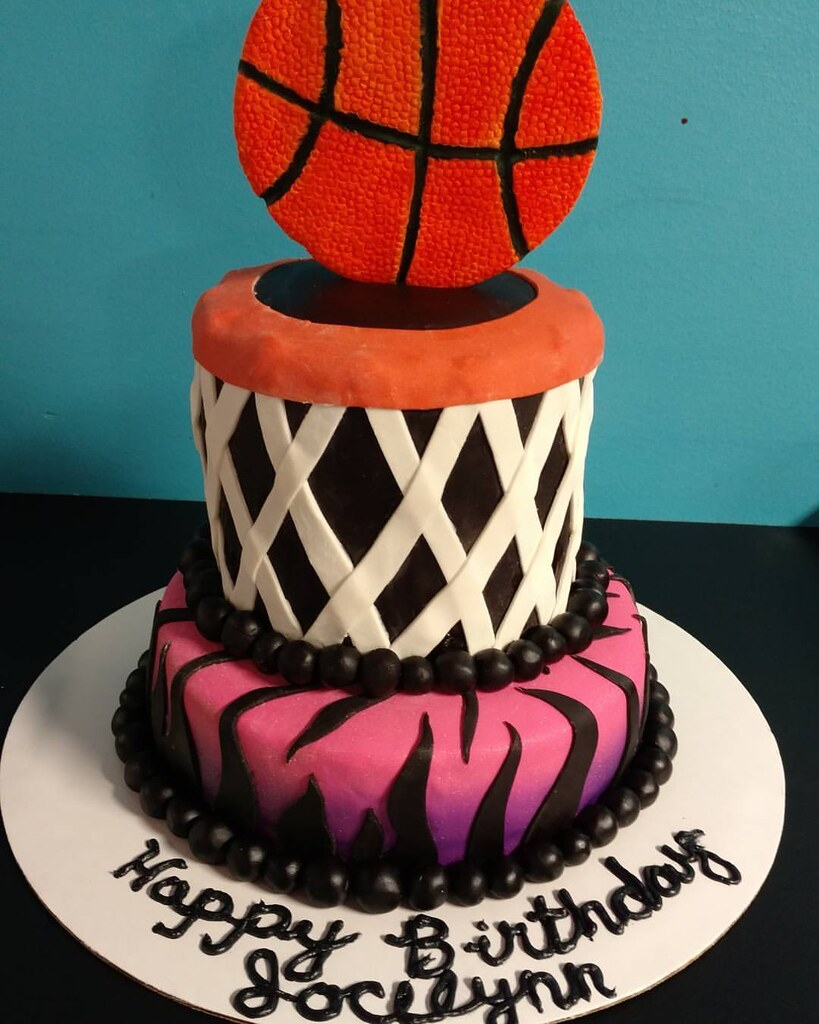 Girls Basketball Birthday Cake Two Layers Of Fun Decorate Flickr