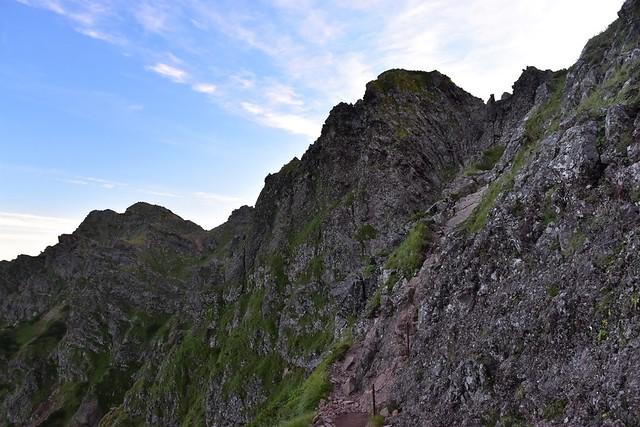 横岳の岩壁