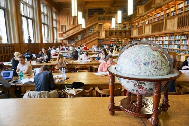 Biblioteca universitaria de Lovaina (Flandes)