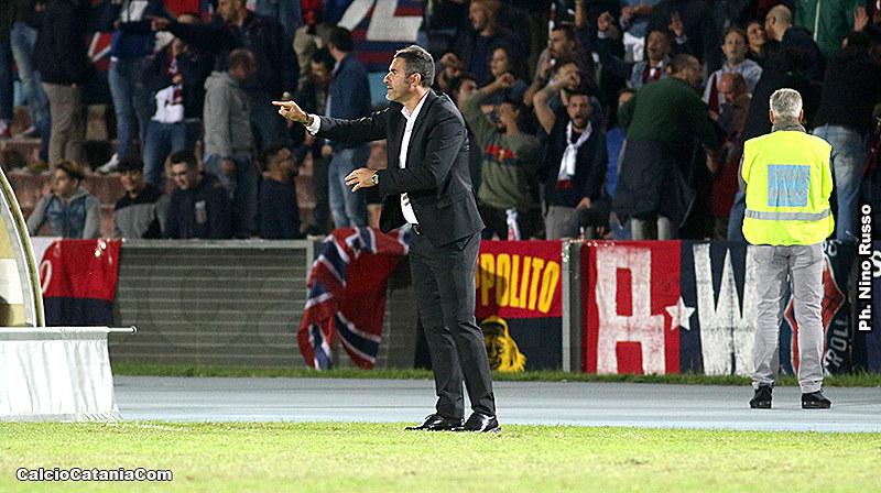 Cristiano Lucarelli durante la sfida di Cosenza