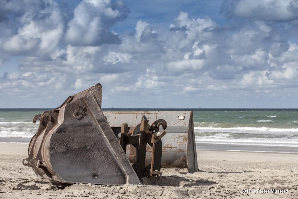 Opgeruimd Staat Netjes : Opgeruimd staat netjes 20170915 381 het strand wordt winteu2026 flickr