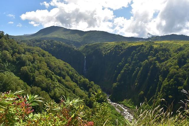 大日平山荘の裏手の不動滝展望台