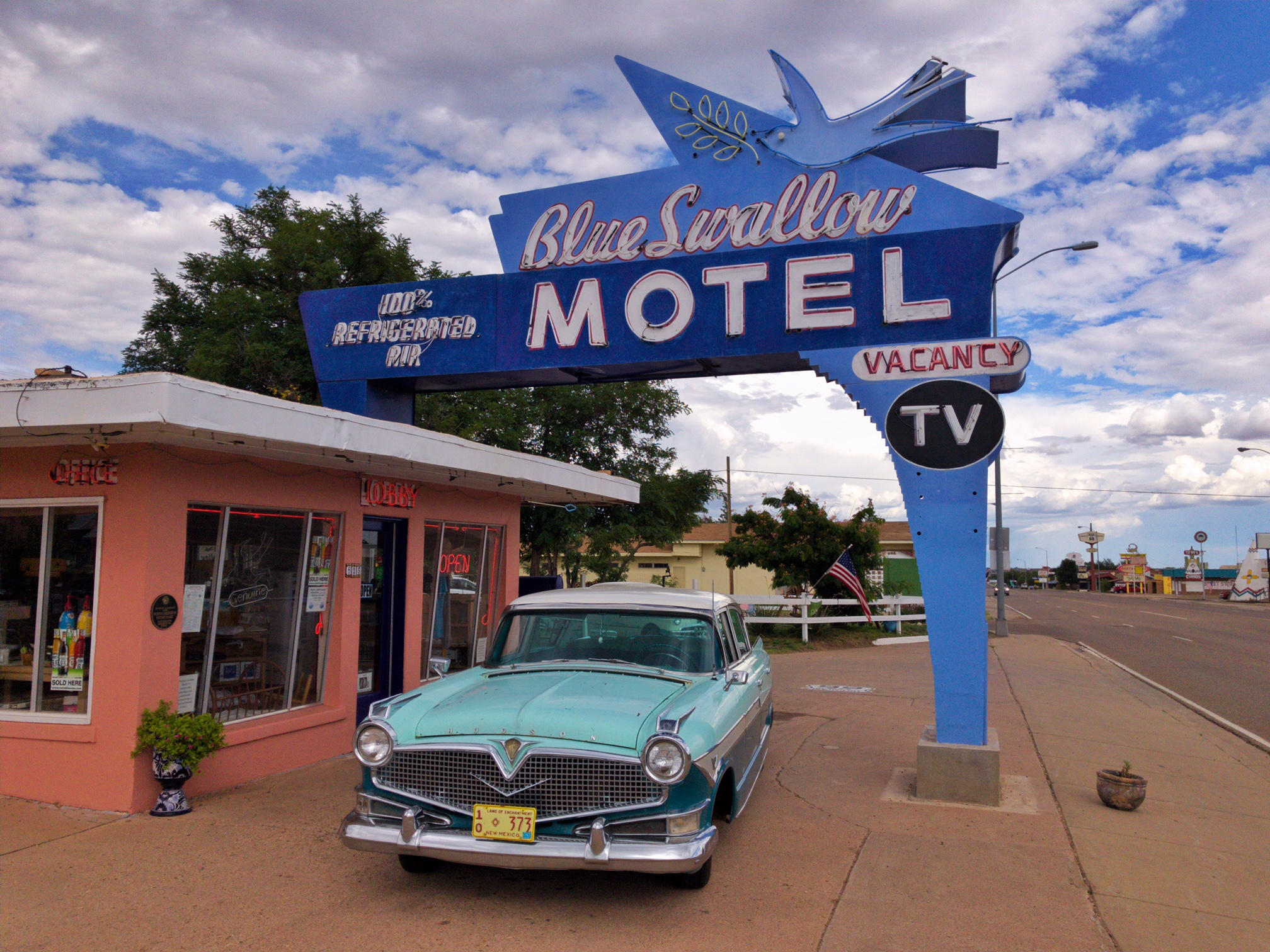 Blue Swallow Motel - 815 East Route 66 Boulevard, Tucumcari, New Mexico U.S.A. - August 20, 2017
