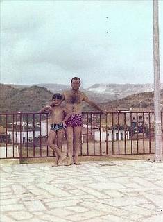 Fotografia de Ignasi Calderé Zurita i Xavier Calderé Bel, cap al 1979.