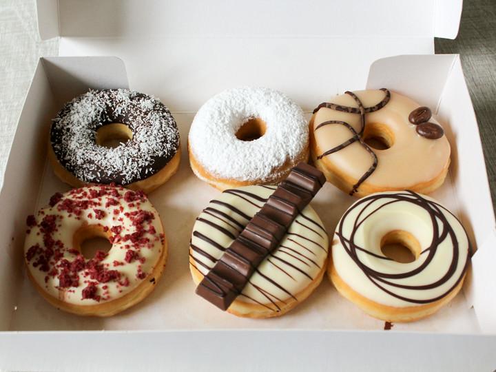 Donutbox met 6 donuts