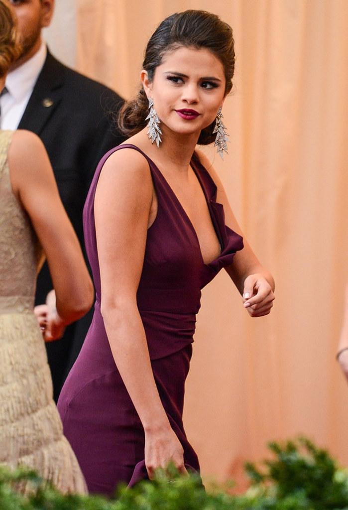 Agree Selena gomez upskirt congratulate, you