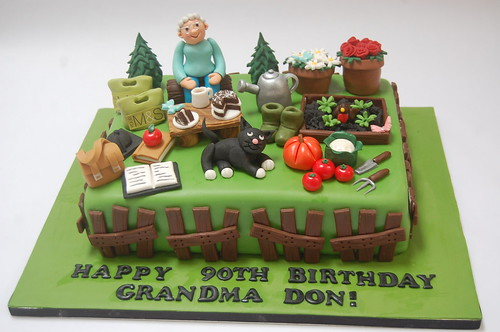 Grandma Dons Gardening Cake Beautiful Birthday Cakes