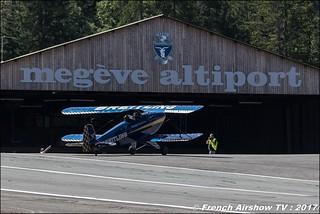 Bücker Bü-131 Jungmann - F-AZVK , Breitling Bucker , F-AZDT - Bücker 133 Jungmeister 50ans d'Aviation Megeve 2017 - altiport de Megève , Haute-Savoie, Auvergne-Rhône-Alpes , Meeting Aerien 2017