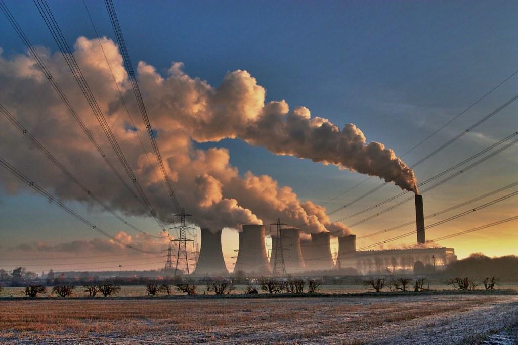 英國Eggborough燃煤電廠。圖片來源:John Mabbitt(CC BY-NC-ND 2.0)