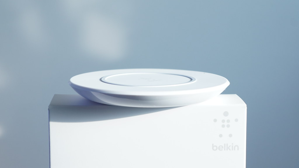 iPhone対応のワイヤレス充電器「Belkin Boost Up Wireless Charging Pad」レビュー