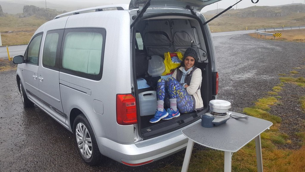our vw caddy camper in iceland we got a camperstories. Black Bedroom Furniture Sets. Home Design Ideas