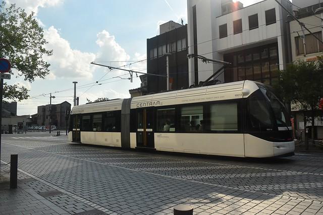 富山路面電車
