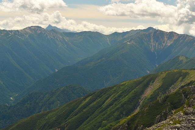 立山から見る槍ヶ岳と裏銀座
