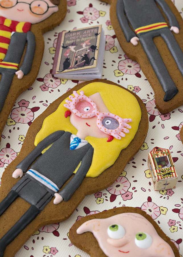 Luna Lovegood decorated cookie