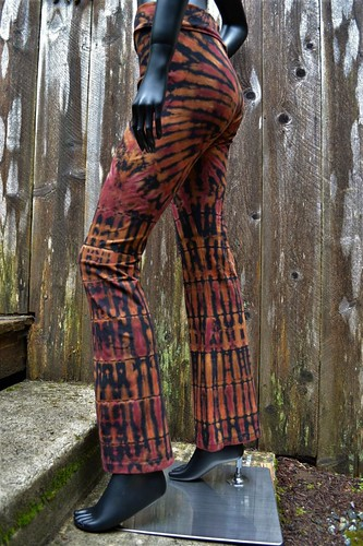 fire spinner tie dye yoga pant (1) | by tiedupanddyed