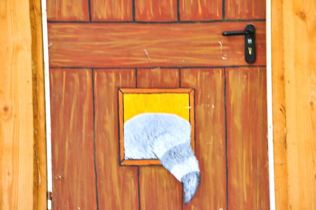 Tiergarten Worms --- Waschbären-Haus --- Foto: Brigitte Stolle Mannheim