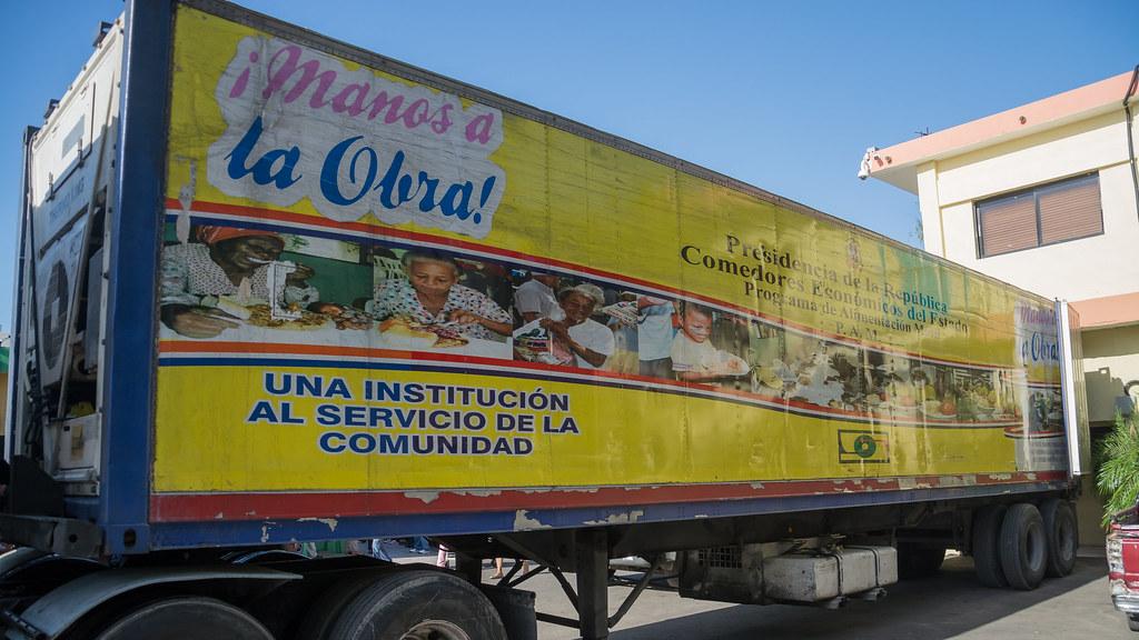 Comedores Económicos están listos para huracán Irma | Flickr