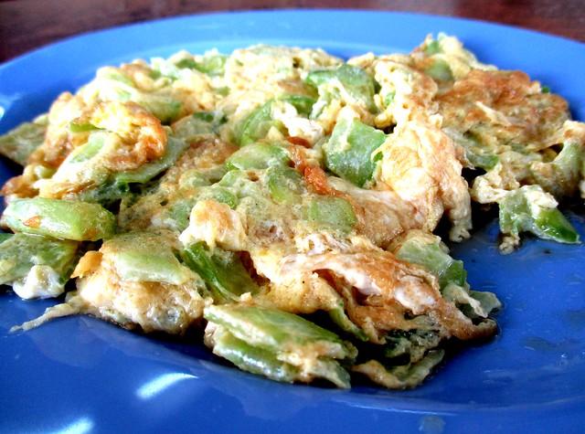 WANG SENG FOOD CENTRE bitter gourd omelette