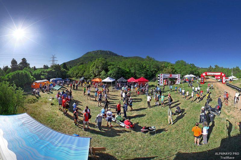 Ανέκαθεν το AlpamayoPro TrailRace ήταν ένα μεγάλο πάρτυ ορεινού τρεξίματος | © Λουκάς Χαψής