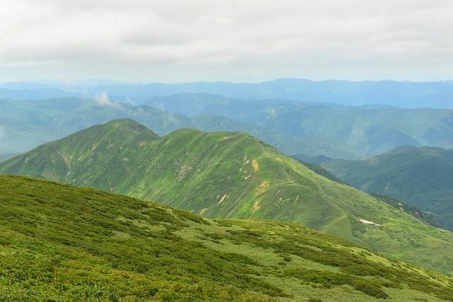 湯殿山の稜線