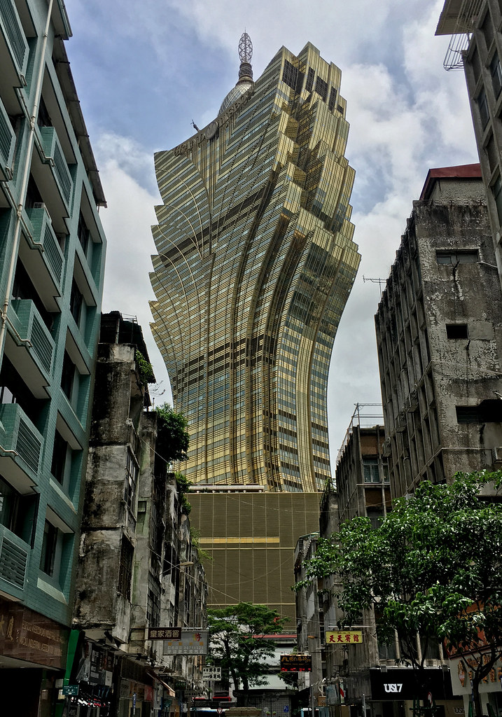 Grand Lisboa Casino Macau China Cowyeow Flickr