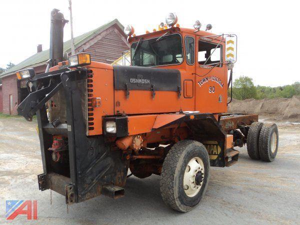 Town of Osceola, NY 1990 Oshkosh P-2530-1 4x4 plow - truck ...
