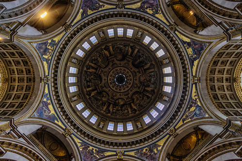St Paul's Cathedral Dome | by llondru