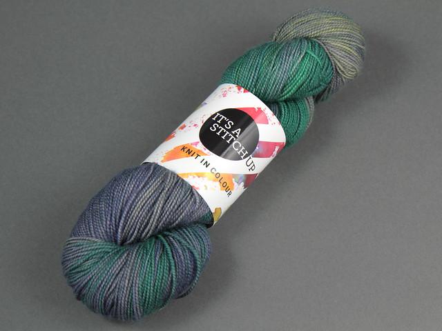 Favourite Sock – hand-dyed superwash merino sock yarn 'Oil Slick'