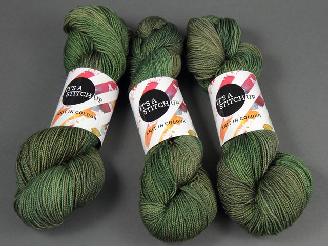 Favourite Sock – hand-dyed superwash merino 4 ply yarn 'Mossa'