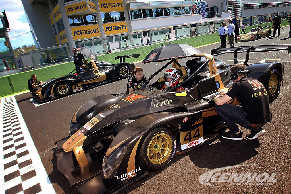 KENNOL and Wolf Racing Cars are Champions in Italy!