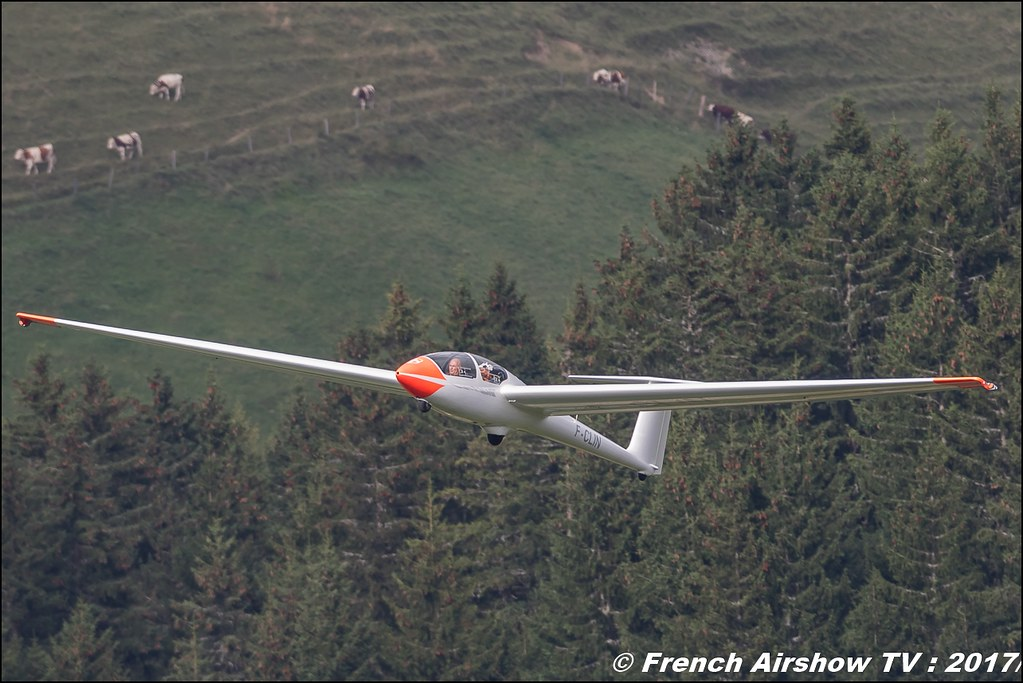 Planeur Voltige ASK21 F-CLIN Centre Savoyard de Vol à Voile Alpin CSVVA 50ans d'Aviation Megeve 2017 - altiport de Megève , Haute-Savoie, Auvergne-Rhône-Alpes , Meeting Aerien 2017