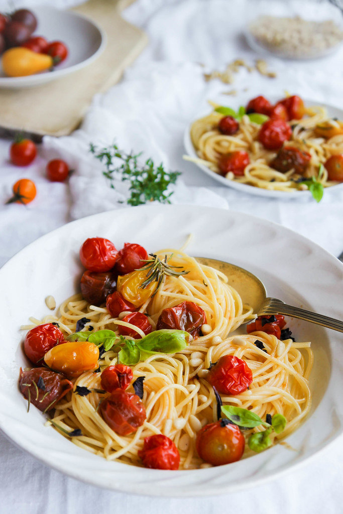 Spaghettis aux tomates rôties
