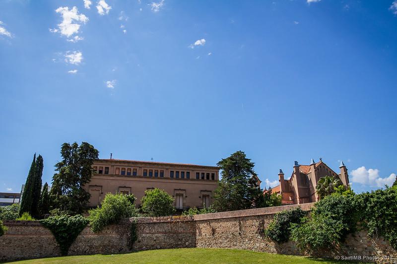 Convento de las Hermanas Mínimas desde la calle Pare Mariana