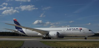 CC-BGM / Boeing 787-9 /  / LATAM Chile | by Frankfurt Aviation Photography