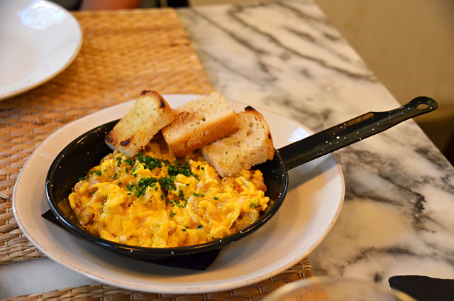 Scrambled egg and chorizo, Espumantaria do Petisco, Mouraria, Lisbon