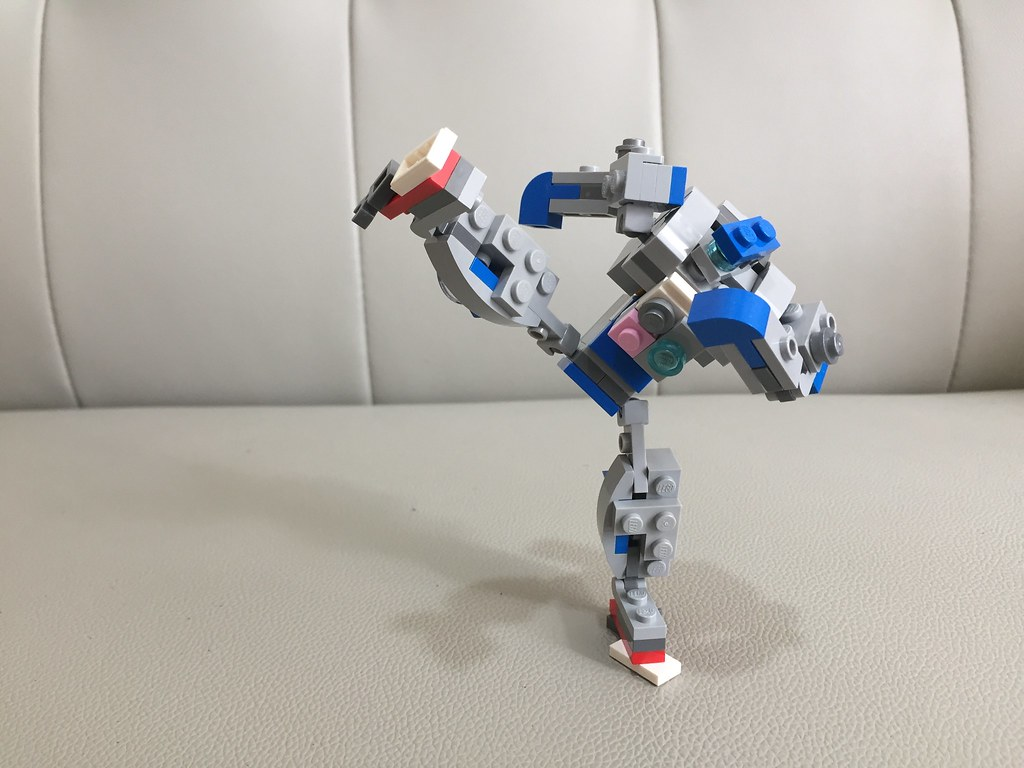 lego moc recycling fighting mech real steel using the flickr